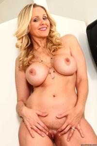 Julia Ann Porn Forum 105