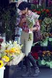 Сельма Блэйр, фото 24. Selma Blair at a local market in Hollywood, CA. 8/9/10, photo 24