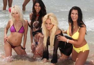 http://img183.imagevenue.com/loc573/th_009388414_tduid2124_Micaela_Schaefer_bikini_seethrough_nipple_5_123_573lo.jpg