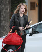 http://img183.imagevenue.com/loc592/th_85383_Emma_Roberts_leaving_Byron_and_Tracey_salon4_122_592lo.jpg